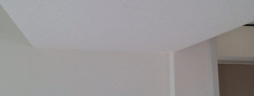 室内のクロス貼り替え