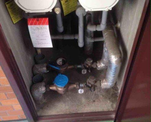 水道メーターからの配管入れ前の状態
